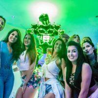 women-love-led-robot